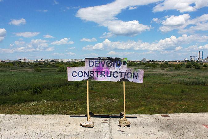 Devoid Construction